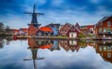 Предколедна Нидерландия и светлините на Амстердам - 18.12.2020г.